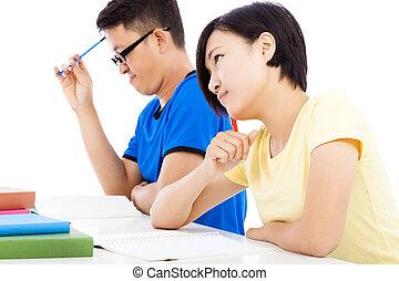 jonge, student, meisje, denken, klassikaal, met, klasgenoten