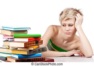 jonge, student, vrouw, met, kavels, van, boekjes , studerend , voor, examens