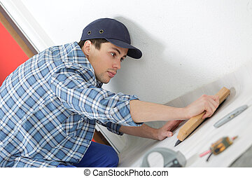 jonge, technicus, installeren, vloer, op, gebouw stek