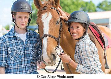 jonge volwassenen, met, een, paarde