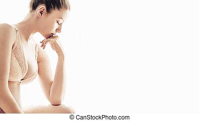 jonge vrouw , het kijken, moe, vrijstaand, op wit, achtergrond