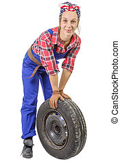 jonge vrouw , werktuigkundige, met, een, auto wiel
