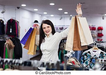 jonge, vrouwlijk, koper, het winkelen zakken