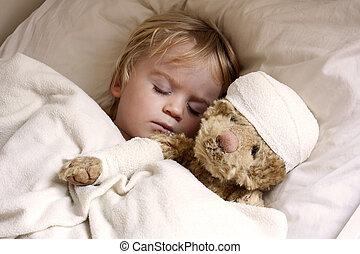 jongen, en, teddybear, in bed