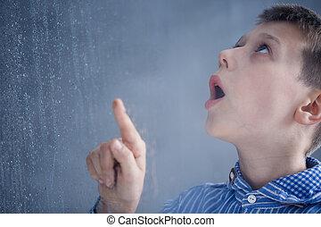 jongen, horloges, regen