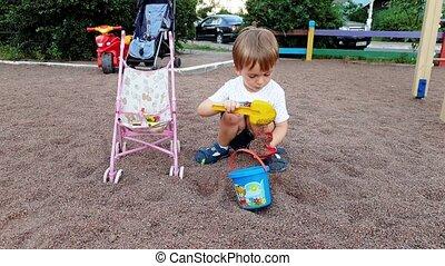 jongen, oud, park, jaren, 3, video, 4k, speelgoed, toddler,...