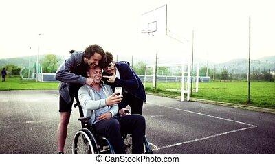 jongen, smartphone, wheelchair, selfie., tiener, vrienden,...