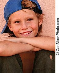 jongen, weinig; niet zo(veel), scruffy, kind, geitje, of, ...