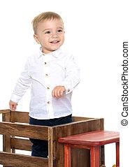 jongen, weinig; niet zo(veel), speelbal, auto., spelend