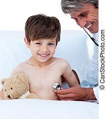 jongetje, bij het wonen, een, medische controle