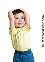 jongetje, met, handen op hoofd, op, witte achtergrond