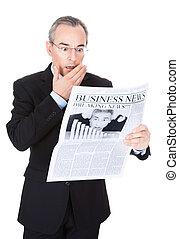 jornal, homem negócios