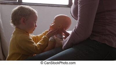 jouer, côté, maison, vue, bébé