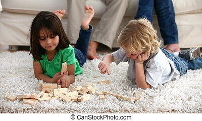 jouer, enfants, moquette