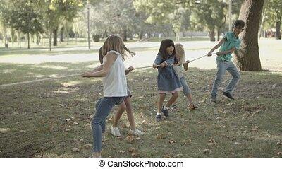jouer, leur, essai, enfants, force, adorable, tirer-de-la guerre