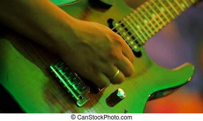 jouer, mâle, professionally, musicien, guitare
