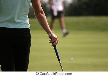 joueur golf dame, mettre