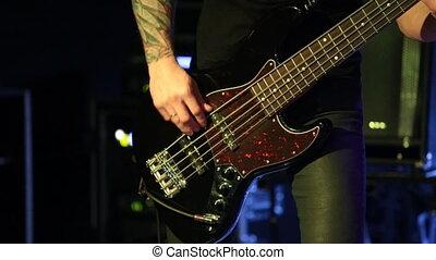 joueur, guitare basse