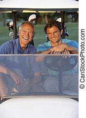 joueurs golf, golf bogue, deux, cours, équitation, mâle