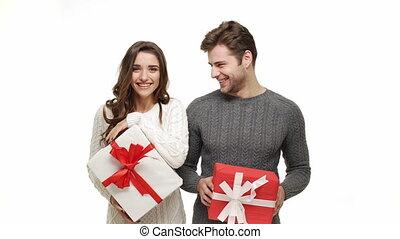 jouir de, danse, couple, jeune, ensemble, attraction., amusement, sentiment, chandails, noël, célébrer