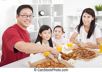 jouir de, famille, leur, dîner, asiatique, maison, heureux