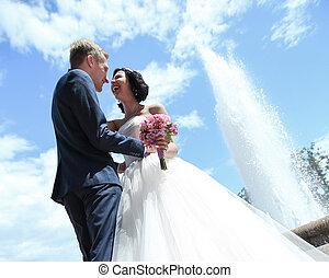jour, couple, ciel bleu, fond, amusement, mariage, closeup.