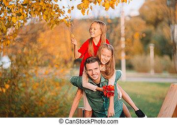 jour, papa, gosses, parc, famille, automne, beau