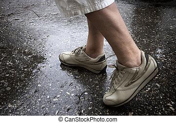 jour pluvieux, marche