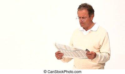 journal, désinvolte, lecture, milieu, homme, vieilli