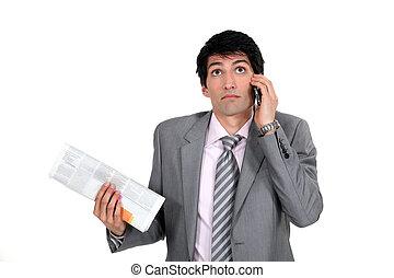 journal, téléphone, intelligent, tenue, homme