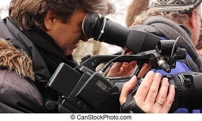 journalist making video reportage