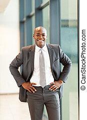 jovem, americano africano, homem negócios