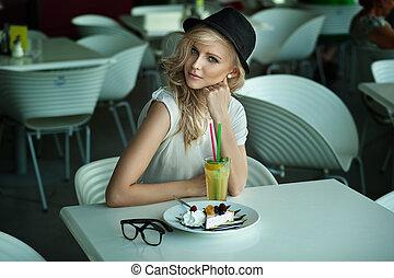 jovem, beleza, em, um, restaurante
