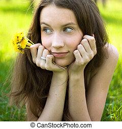 jovem, bonito, adolescente, com, dandelion, buquet