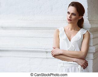 jovem, bonito, menina, desgastar, vestido branco