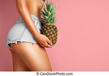 jovem, dela, abacaxi, mulher segura, mão