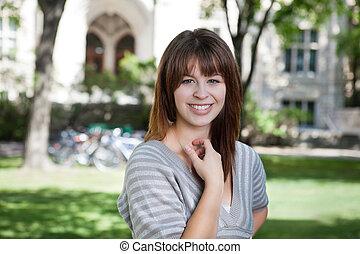 jovem, estudante universitário
