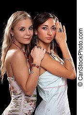 jovem, excitado, duas mulheres