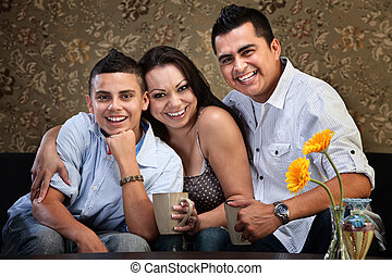 jovem, feliz, americano nativo, família