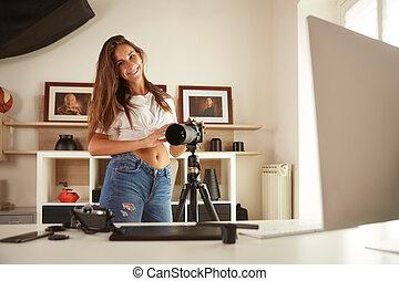 jovem, fotógrafo, profissional