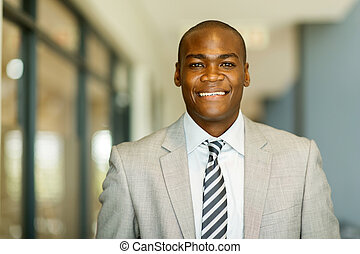 jovem, homem americano africano