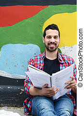 jovem, latim, homem, studying., outdoors.