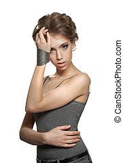 jovem, mulher bonita, com, updo, cabelo ondulado, isolado, branco, fundo