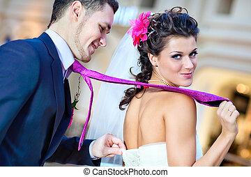jovem, par casando