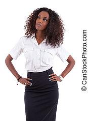 joven, americano africano, mujer de negocios, mirar hacia arriba