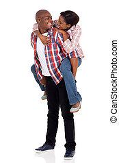 joven, amoroso, africano, pareja, mirar a sí