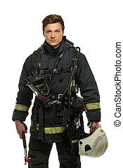 joven, bombero, con, casco, y, hacha, aislado, blanco