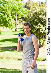 joven, hacer, el suyo, ejercicios, en el parque
