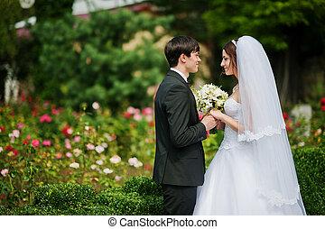 joven, hermoso, par wedding