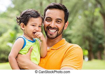joven, indio, padre, y, bebé, niño